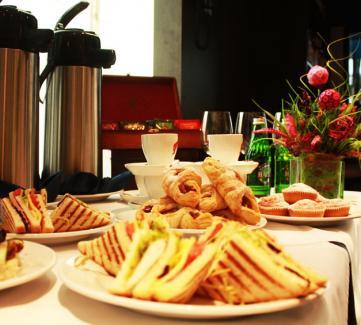 Кофе-паузы от Express-catering 117-154 грн на персону